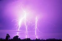 Santa_cruz_lightning